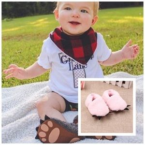 Other - NWT! Pink Furry Paw Animal Slippers